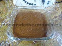 Marquesa de chocolate preparada con la Thermomix en el molde