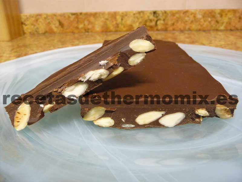 Turrón de chocolate con almendras para Thermomix