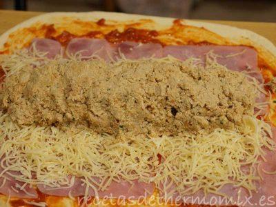 Como preparar un rollo de pizza de pollo y lomo fresco