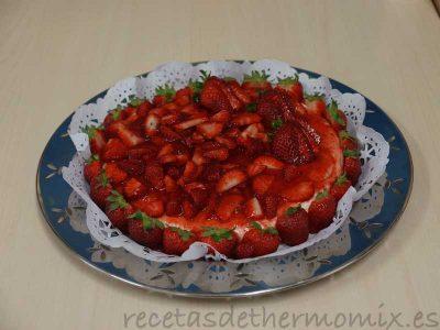 Tarta de nata y fresas con Thermomix