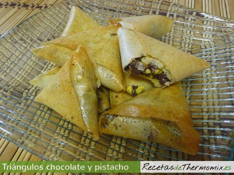 Triángulos de chocolate y pistacho Thermomix