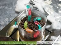Natillas con gusanos para Halloween Thermomix