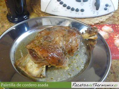Paletilla de cordero asada en Thermomix