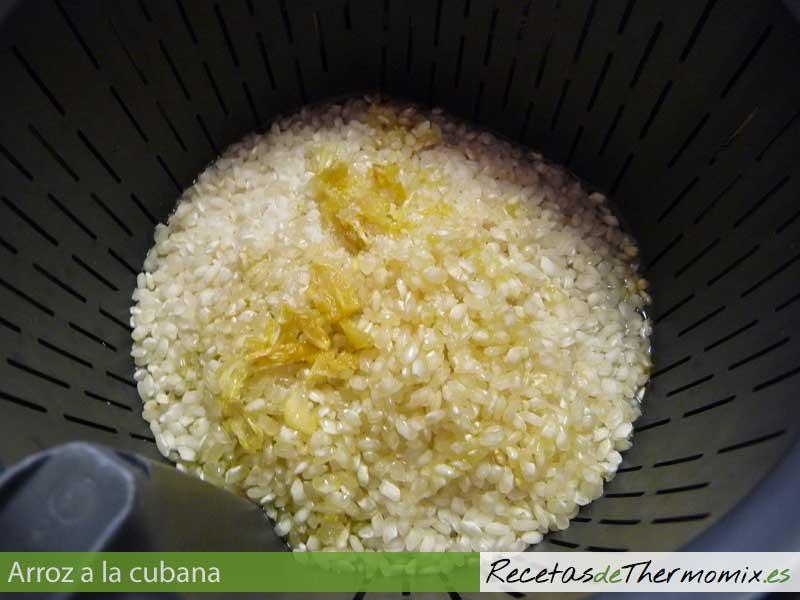 Preparar arroz a la cubana en Thermomix