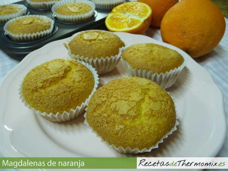Magdalenas de naranja Thermomix