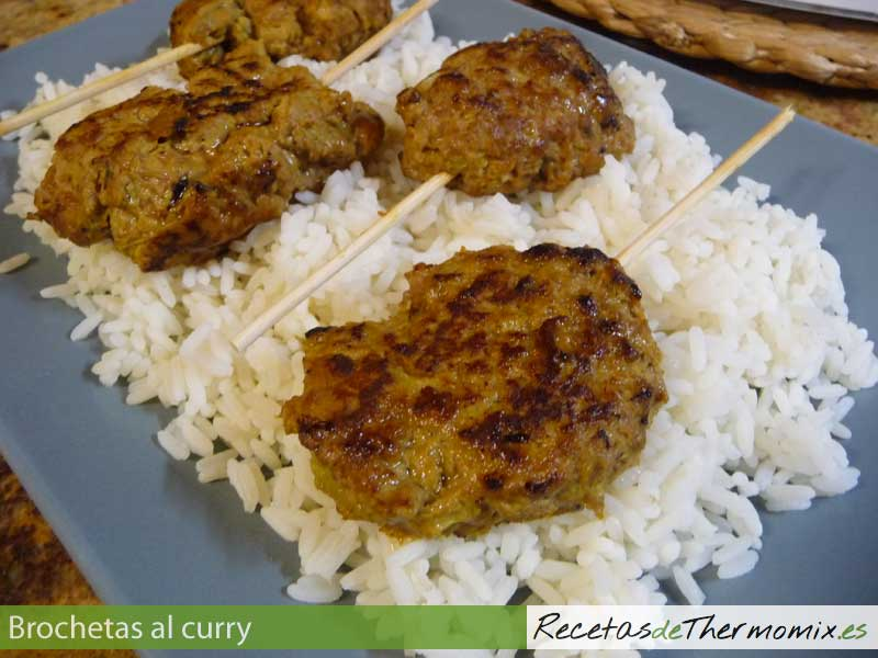 Brochetas al curry con Thermomix