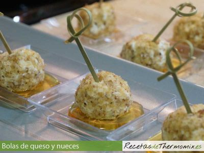 Bolas de queso y nueces de Thermomix