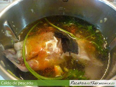 Cómo hacer caldo de pescado con Thermomix