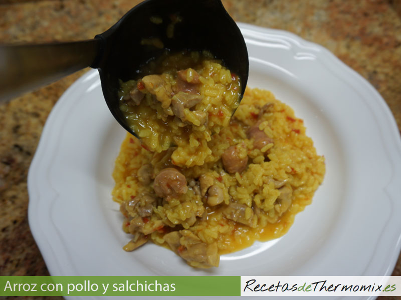 carnes/arroz-con-pollo-salchicha.html