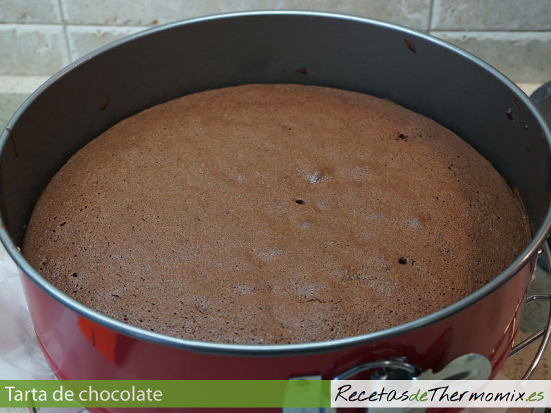 Bizcocho para tarta de chocolate con Thermomix