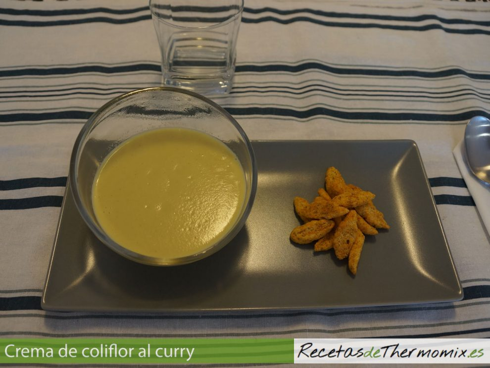 Crema de coliflor al curry con Thermomix