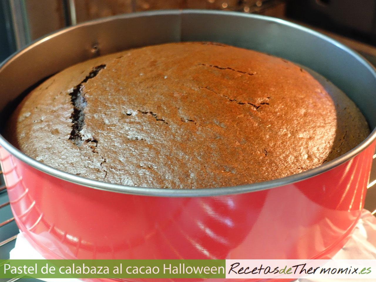 Cómo hacer pastel de calabaza al cacao para Halloween con Thermomix