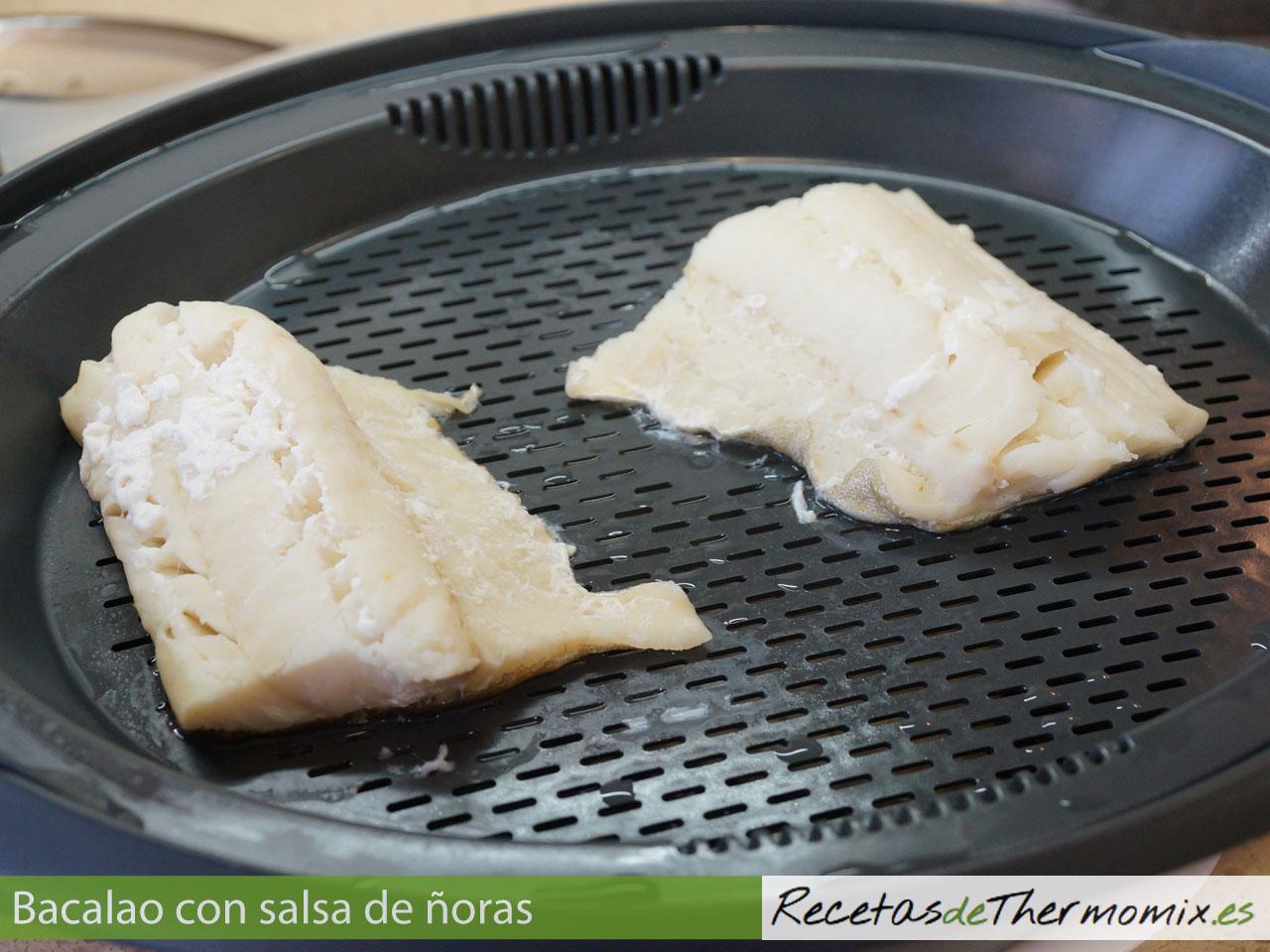Cómo hacer bacalao con salsa de ñoras en Thermomix