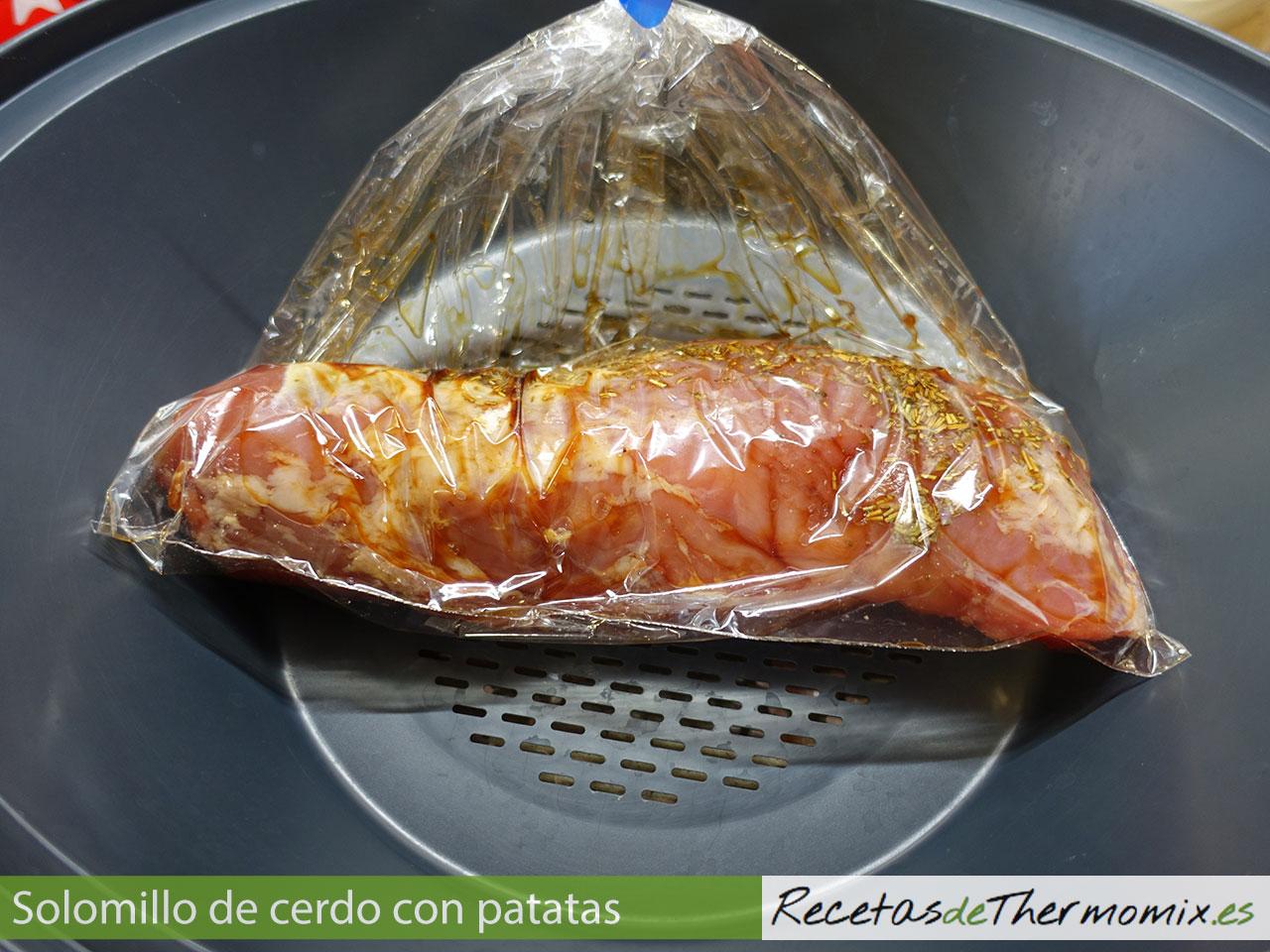 Solomillo de cerdo al vapor con patatas en thermomix for Como preparar solomillo