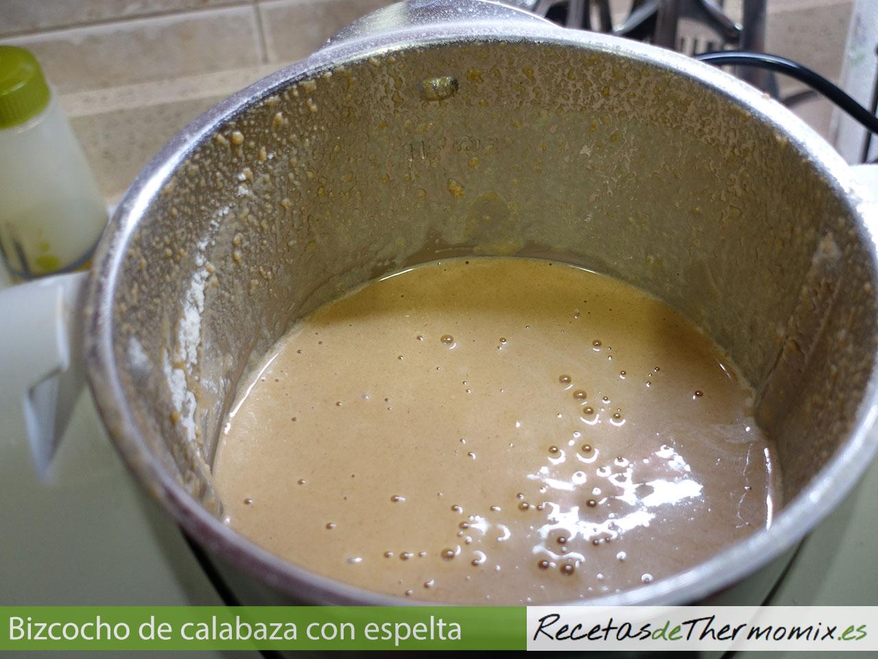 Cómo preparar bizcocho de calabaza con harina de espelta en Thermomix